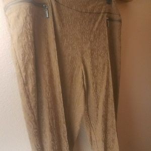 Style & Co gold/tan quilted pattern pants